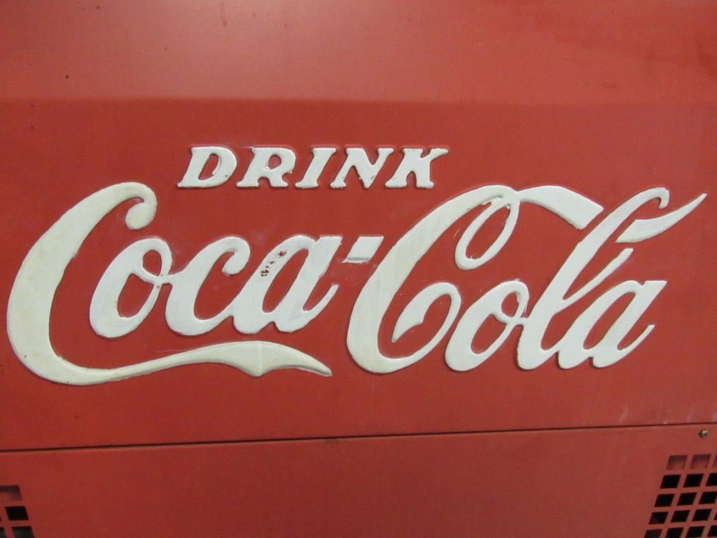 Vintage Coca Cola Logo on cooler for timeless logo design on Stellen Design